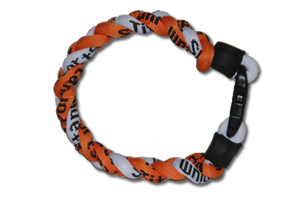 3_rope_bracelet.orange_white.jpg