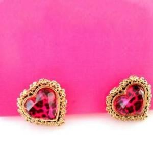 BETSEY_JOHNSON_Pink_Leopard_Heart_Stud_Earrings1.jpg