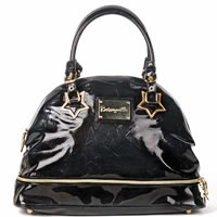 BETSEY_JOHNSON_BETSEYVILLE_Black_Patent_Leather_Handbag0.jpg