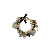 Betsey-Johnson-Pave-Large-Heart-Toggle-Bracelet0.jpg