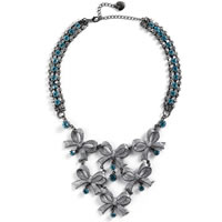 Betsey_Johnson_Bow_Rhinestone_Necklace0.jpg