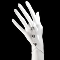 Heart-Slave-Bracelet0.jpg