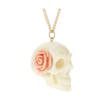 Ivory-Skull-Rose-Necklace0.jpg