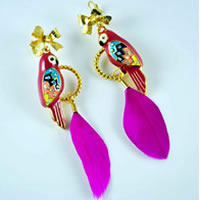 Parrot_Feather_Earring0.jpg