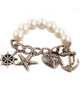 Charm Pearl Chain Bracelet
