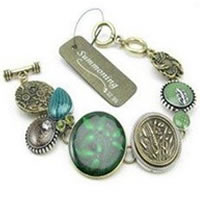Summoning Vintage Green Bracelet
