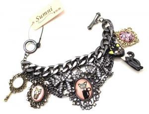 Sumni Lucky Black Cat Charm Bracelet