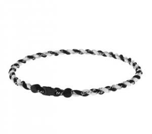 "Phiten Japanese Tornado Titanium Necklace 21""<br />   (Black/White)"